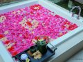 HBR_Spa_Flower_Bath